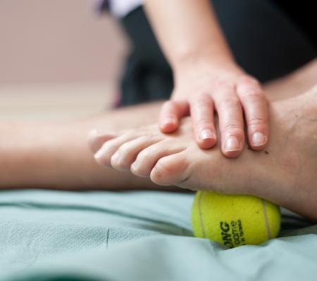 studio-ninfea-riabilitazione-funzionale-pallina
